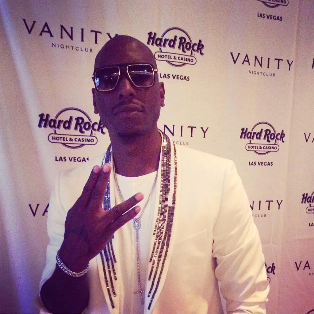 #Vegas: @Tyrese is in the house!   #VanityLV #FightWeekend #Tyrese http://t.co/liurfQrnc6