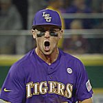 BALLGAME! #1 @LSUbaseball gets a BIG WIN in The Box over #2 Texas A&M, 9-6. Thats 7 straight Ws for the Tigers. http://t.co/Z09imumUSR