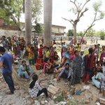 Según el gobierno de #Nepal ya hay 688 los muertos por el terremoto y un millar de heridos http://t.co/J2oS1efhKf http://t.co/IYnOrZQLCK