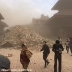 Buildings collapse during major earthquake, including in Bhaktapur in Nepals Kathmandu Valley http://t.co/yXKpIsBixf http://t.co/8EqEzY6hTh