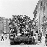 #25aprile, 70 anni fa la #Liberazione http://t.co/vlzf5csuOD #RicordiDiResistenza @RizzoliLibri @Librimondadori http://t.co/W6SwSPh6gV