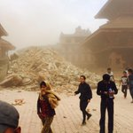 My sister snaps this in Bhaktapur, #Nepal, ancient temples crumbling. #NepalQuake http://t.co/rj6TkbaZKX