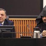 España no reconoce el genocidio armenio http://t.co/n37KFLupye Informa @RomanSilvia http://t.co/LKKuomY8j3