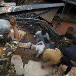 Actualización: El número de muertos tras el seísmo de Nepal se eleva hasta, al menos, 400 http://t.co/GViQuUjr5w http://t.co/ZbTyMW9P7o