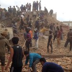 Huge death toll after Nepal rocked by 7.8 magnitude earthquake http://t.co/fFzwJiA4SG http://t.co/8HWqongpks