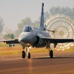 Best friends forever: #Pakistan to receive 110 fighter jets from #China http://t.co/5DBKmQAuPv http://t.co/FYSIo19djA