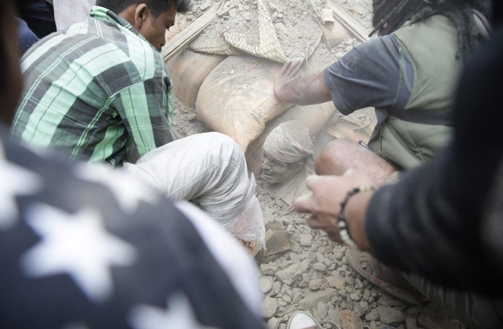 Startling images of destruction in #Nepal after 7.9-magnitude quake. http://t.co/HTFQqwlmK3 http://t.co/hbNohVO3FU