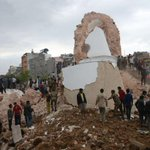 Nepal quake photos show historic buildings reduced to rubble as survivor search continues. http://t.co/idVakR2QOT http://t.co/ZKpQPrWRIY