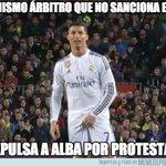 Jordi Alba debería haber hecho igual http://t.co/4GkNOAtO6T http://t.co/Q8yVkRrVtm