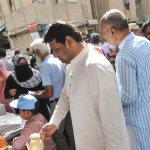 MQM @SsamanJay, @nkshakeel & @QureshiMuzammil were offering tea to the polling staff of Faisal Cantt. #PeopleTrustMQM http://t.co/w3Ncv516zi
