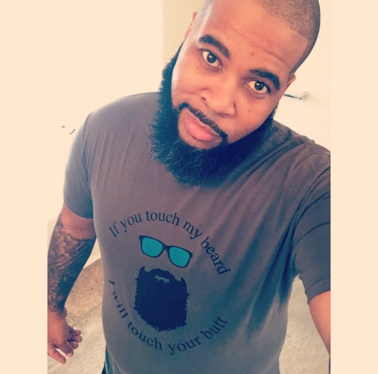 @PostBadBeards Saturday morning bearded guy here!!! http://t.co/n9oeRRilre