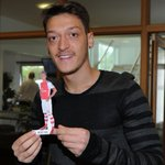 Look out for your Mesut table topper in your match day programme ✌ #AFCvCFC #YaGunnersYa #COYG @Arsenal http://t.co/Ukgf3WxMLF