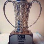 Oooo Zafere koş Zafere koş Zafere koş İnanırsan hiç kimse duramaz karşında Trabzonda kalacak bu sene bu kupa! http://t.co/4IfX0MVRLd