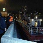 #МЧС направило два корабля к месту пожара на Дербеневской набережной в Москве Видео: http://t.co/BvgGESznsR http://t.co/dfm1KLK31c