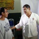 """""""@ElCiudadano_ec: .@MashiRafael visitó albergue en Colegio Ricaurte están personas afectadas por invierno #LosRíos http://t.co/Z8XQDk5v6H"""""""
