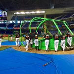 #Marlins BP before game two against the Nationals! First pitch at 4:10 PM. http://t.co/Qumqliy0gQ