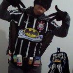 Vaza foto do novo Batman. Melhor que o Coringa http://t.co/QG98DXULc0