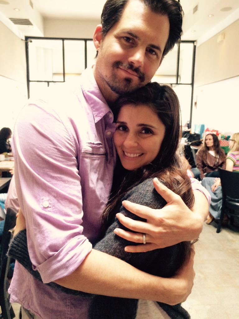 Cate and Baze reunited @ShiriAppleby @KrisPolaha http://t.co/vkROOes6DE