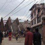 Confirma #Nepal mil 805 muertos por sismo; es el peor terremoto del país en 81 años http://t.co/kQUmgqs3Iy http://t.co/DT9h0IfT4U