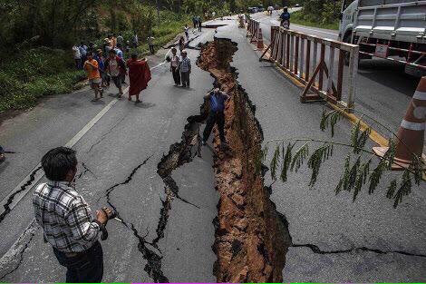 RT Ya Allah make it easy for all those under difficulty at this time.   #Islam #Dua #NepalEarthquake http://t.co/BKRkesh0We