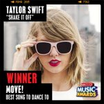 .@taylorswift13 #ShakeItOff is our #Move - Best Song To Dance To winner! #RDMA http://t.co/ynYsfLZqJG