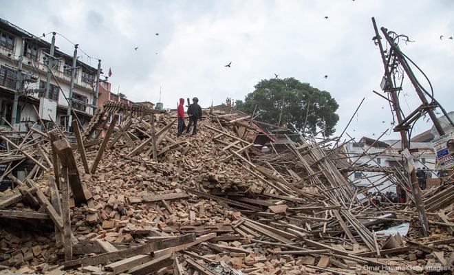 ネパールのカトマンズ近郊で25日に発生した大地震で、ユニセフは、被害を受けた子どもたちの支援に向けて全力を挙げています。ネパール全人口の半数は子ども。深刻な被害と子どもたちへの影響が心配されています。 #ユニセフ #ネパール #地震 http://t.co/VM0wjcjsWC