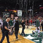 Bucks Win!! Bayless with the game winner!! #BucksPlayoffs http://t.co/v1CEvzplTd
