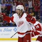 Red Wings dominate Lightning in Game 5, 4-0. Detroit takes a 3-2 series lead back to Joe Louis Arena Monday night. http://t.co/Wj5pi0229S