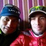Terremoto en #Nepal: reporteros y montañista peruanos están a salvo.► http://t.co/ic18qmbKIv http://t.co/hY9MoU3CrI