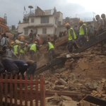 Nepal steps up rescue efforts as quake toll jumps to 1,800 http://t.co/dmCjqOwpPN http://t.co/CdhDwuyPnC