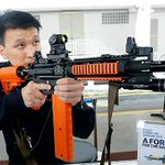 #Singapore Police Force develops new pepper spray gun to shoot rioters http://t.co/aKuECT041d @carltontansg http://t.co/TVjHITUOGY