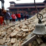 BREAKING: Death toll in devastating #NepalQuake soars to 2,152, about 5,000 injured: police spokesman http://t.co/gLRYtOvuXv
