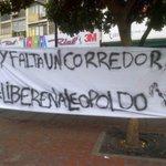 Una de las pancartas que se colocaron en el maratón de hoy en #Caracas #26A vía @vpchacao @LucioQuincioC @Estudiant3 http://t.co/nTZBy9WFzb