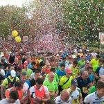 Het feestje is begonnen! #antwerpmarathon http://t.co/ISqeT8iI0v