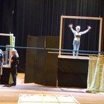 Decor in opbouw! Eindresultaat vanmiddag om 13.30 en 15.30 uur te zien in @AandeSlinger in #Houten. Kom ook kijken!! http://t.co/A8stbFEGeP
