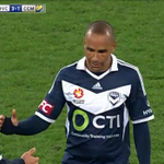 A standing ovation for @10Archie, who deserves nothing less #MVCvCCM 3-1 #MVFC #10YearsProud http://t.co/T9TdZxo1iv