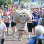 Show some love!! #GiantTesticles #LondonMarathon #FightingMaleCancer https://t.co/HQM8p4cyBA http://t.co/V8wbrIhyDY