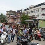 Singaporean photojournalist recounts frantic scenes in Kathmandu as the #NepalQuake struck http://t.co/SY8e12Rjf9 http://t.co/sQEzwqG9DH