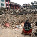 JUST IN: #NepalQuake toll tops 2,200 http://t.co/mWAzBgHjAz http://t.co/GLdRcRu7UK