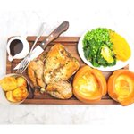 The best way to spend your Sunday?... Joining us for a delicious #roast #lazysunday #tunbridgewells http://t.co/9jLgp1laOD