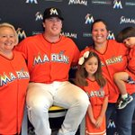 Come meet @bour41 at the Selfie Station at Section 12 by the Majestic Team Store! http://t.co/qCq6NjR4zv