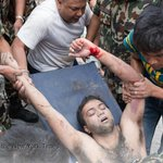 The quake that devastated Nepal has killed more than 2,400 How to help the relief effort: http://t.co/Qo4Z3wi9q3 http://t.co/Da5GFD6Y2M