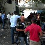 Miembros de la prensa se encuentran en el instituto Peña Gómez en espera de reacciones y votaciones. #TNConvencionPRM http://t.co/3tFTHTN5Vj