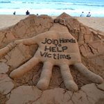 """A nice Sand Art on #NepalEarthquake with a message """"Join Hands to Help victims"""" at  Puri beach of Odisha, India. RT http://t.co/YW5oPTcI9H"""