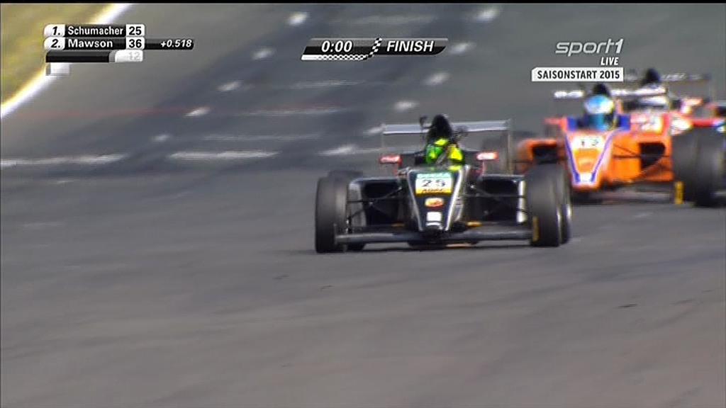 ميك #شوماخر يفوز في أوّل سباق في الفورمولا 4...عائلة شوماخر ستعود الى الواجهة من جديد! http://t.co/RKeU3kF3L8