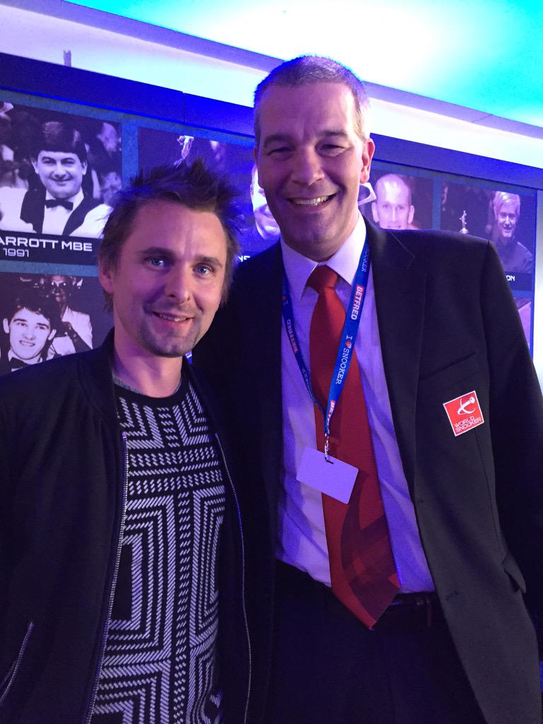 With @MattBellamy #MUSE #ilovesnooker http://t.co/xOFLHlCH1O