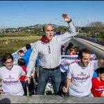 En auto, moto, en bicicleta o corriendo todos en caravana por #ElMejorMontevideo http://t.co/B5D9srJkGT