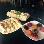 This is getting ridiculous. Afternoon tea has arrived in the Emirates studio. No wonder youre so large @piersmorgan http://t.co/XYBRjyoaQW