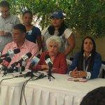 Ortiz Bosch dijo que de 2,700 centros de votación, sólo hubo problemas en el colegio de Villa Tapia #TNConvenciónPRM http://t.co/DFf44w7s10