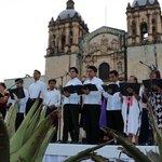 #Oaxaca está de fiesta http://t.co/ltnrX26ZAT http://t.co/WD1IUWO1kZ
